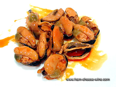 Pickled Mussels in Olive Oil Ramón Peña 3